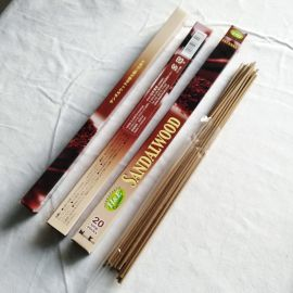 20sticks/pcs NIPPON KODO HERB&EARTH Incense Sandalwood #33408