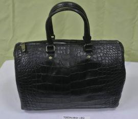 CH CHCH Black Handbag Carry-bag Crocodile Skin AACA10DG01094